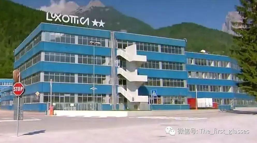 【巨擘动态】Luxottica 重申全年预期,中国清理批发渠道表现仍疲软, Ray-Ban 今年将开60间门店!